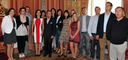 Los miembros del consorcio DESUR y la directora general de Trabajo, María de los Ángeles Muñoz, en una visita de estudio en Bolonia